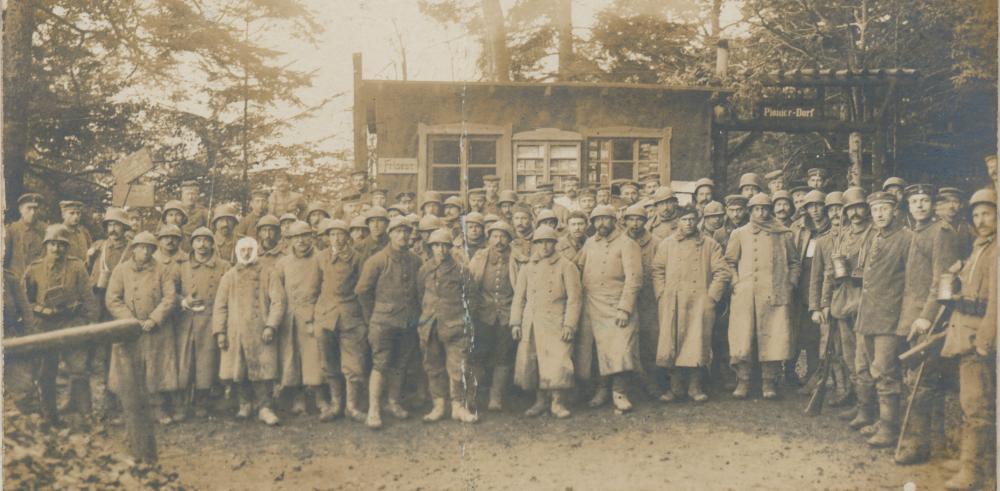 37 französische Gefangene, 10.11.1917 (Quelle: Generallandesarchiv 456 F 65, Nr. 9 Foto 3)