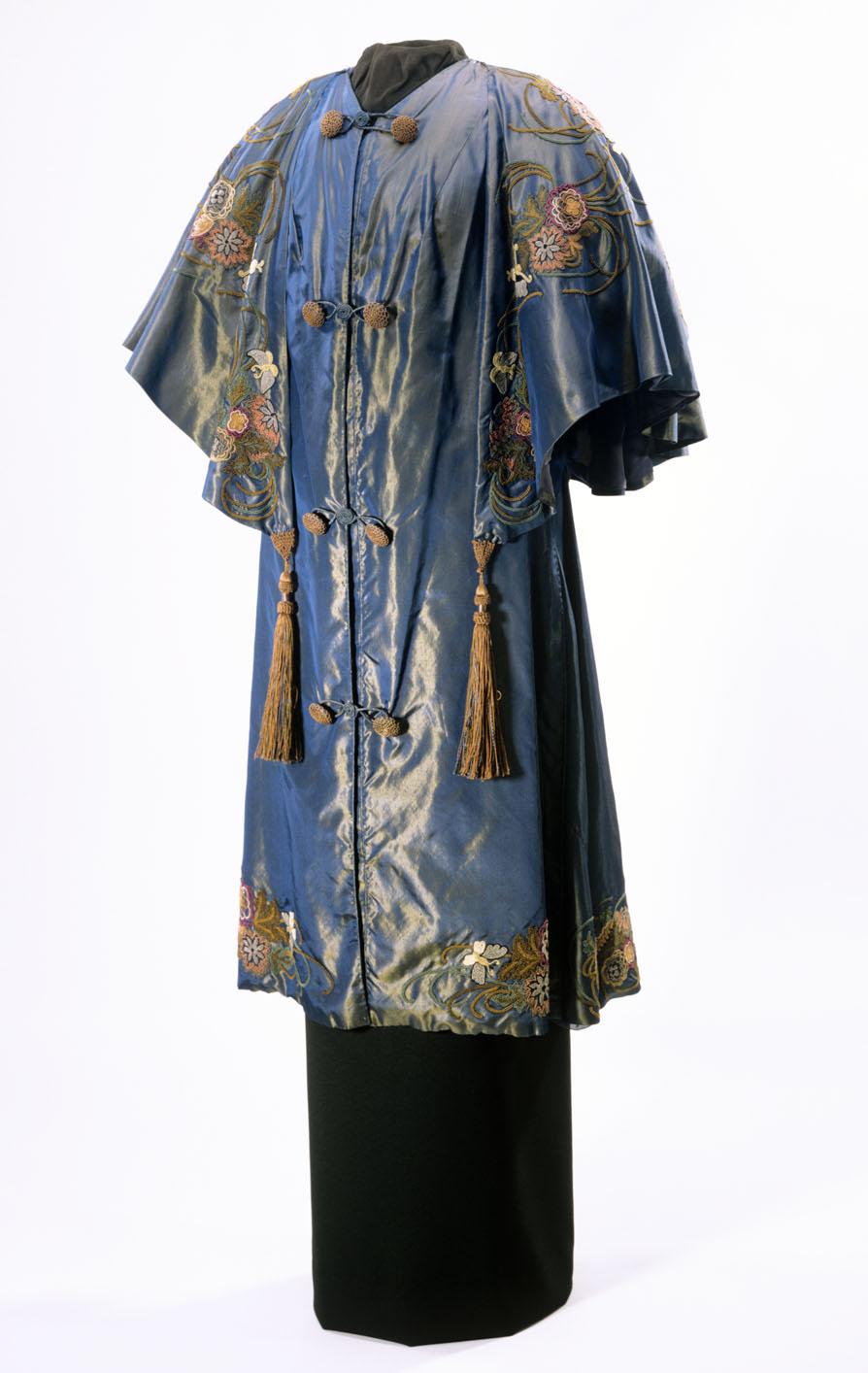 Japanischer Mantel von Emmy Schoch, 1911 [Copyright: Badisches Landesmuseum Karlsruhe]